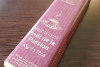 Noir Fourré fruit de la Passion