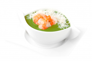 Spinach cream soup with shrimp