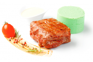 "Beef steak with mashed ""wasabi"""