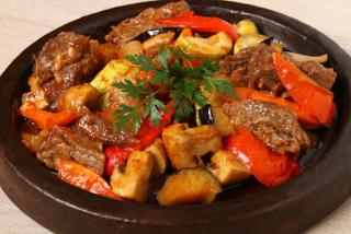 Veal stew with vegetables