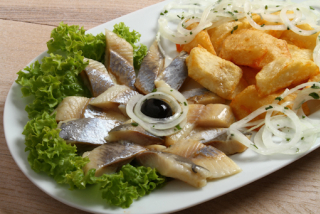 Herring at home with potatoes