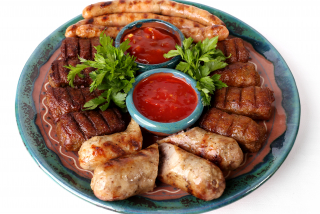 Assorted barbeque La Taifas