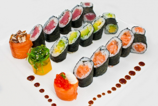 Assorted ginkan-maki
