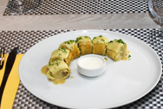Pancakes with veal in velut sauce