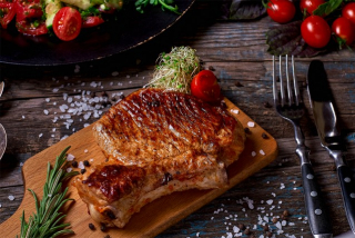 Pork steak (weight product)