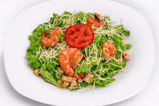 Salad Cesar with shrimps