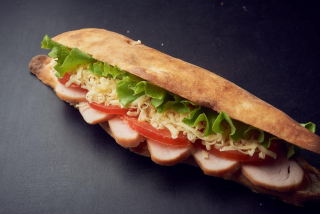 SANDWICH CURCAN turkey and vegetables with bread