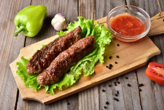 Mititei with spicy sauce