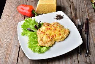 Batuta of chicken with cheese