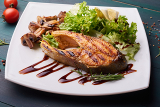Grilled Salmon with mushrooms