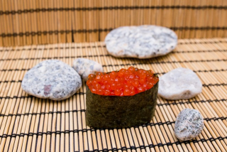 Gunkan Salmon Caviar