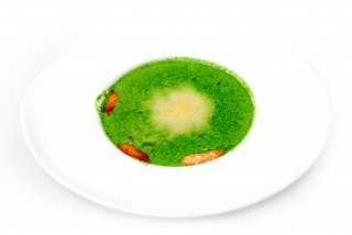 Cream of spinach soup with prawns