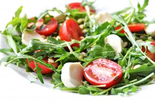 Salată «Capreze» cu ruccola