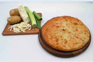 Осетинские пироги с картофелем, сыром и брынзой