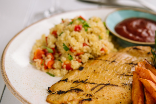 Chicken steak with bulgur and vegetables