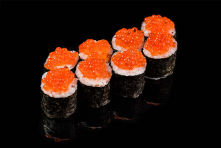 Maki with red caviar