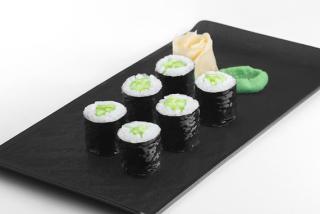 Maki with cucumber
