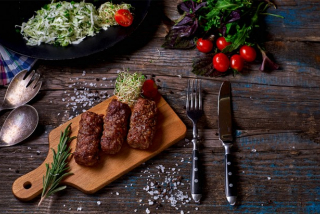 Sausages (weight product)