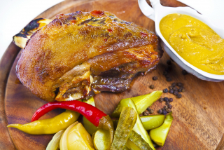 Ham hock with pickles (weight product)