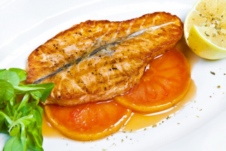 Salmon with grapefruit souce