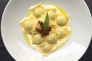 Zander ravioli with cream cheese and sorrel