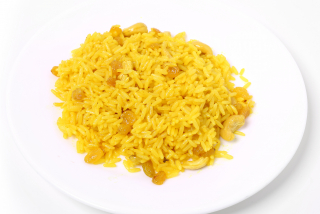 Saffron rice with cashews