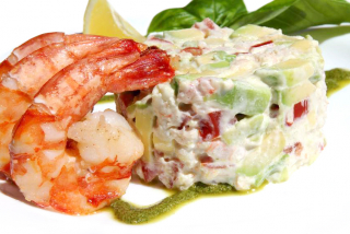 """Avocado"" salad with shrimps"