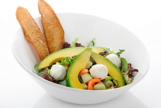 Salad Mom's