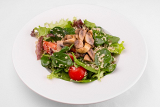 Salad with quinoa and mushrooms