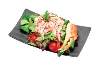 Salată cu crab
