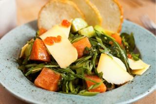 Salad with slightly salted salmon