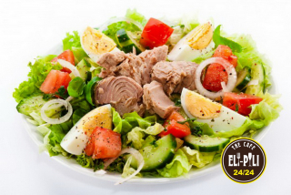 Salad with a tuna