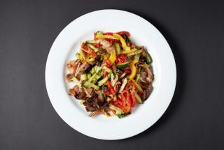 Salată «Urechiuși de porc»