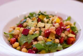 Нутовый салат