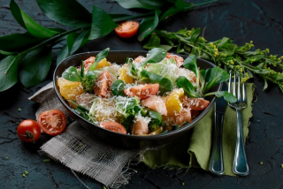 Salad with salmon and orange