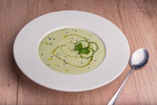 Суп из авокадо с огурцами