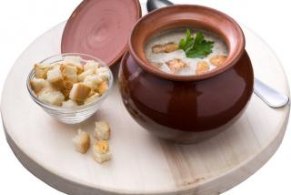 Supă -cremă cu pui și ciuperci