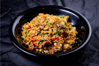 Orez Thailandez cu carne de vită