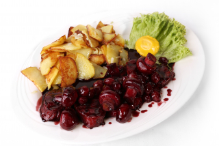 Veal in wine sauce with potatoes at home