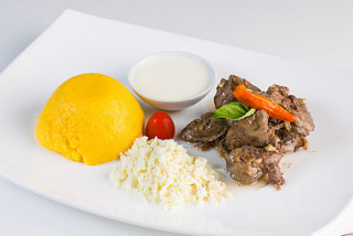 Tokana with chicken liver, with polenta, cheese and sour cream