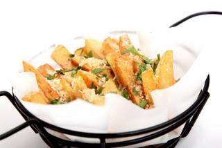 Truffle parmesan fries small