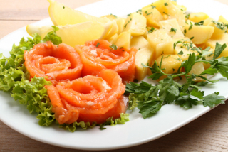 Salted salmon with potatoes