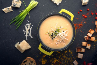 Cheese cream soup